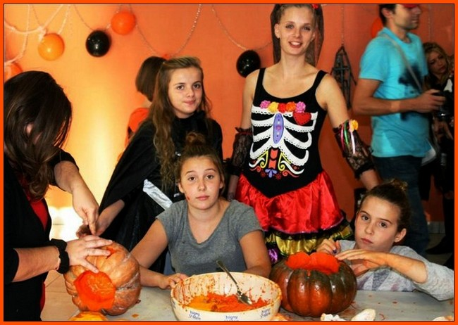 http://www.dieupentale.com/forum/uploads/2063_halloween2015.jpg