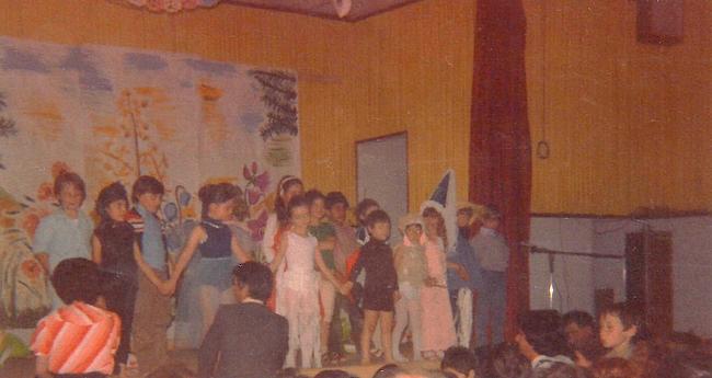 http://www.dieupentale.com/forum/uploads/2063_les_grands1981-5.jpg