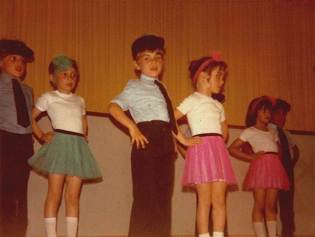 http://www.dieupentale.com/forum/uploads/2063_maternelle_1979.jpg