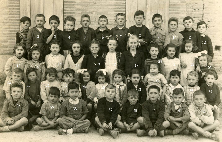 http://www.dieupentale.com/forum/uploads/6_1949-50_les_petits.jpg